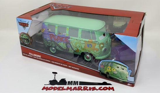 JADA – VOLKSWAGEN – T1 BUS WITH OIL BARREL 1963 – FILLMORE – WALT DISNEY CARS 1 – MOVIE