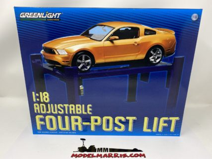 GREENLIGHT – ACCESSORIES – SET OFFICINA – PONTE SOLLEVATORE AUTO – FOUR POST LIFT