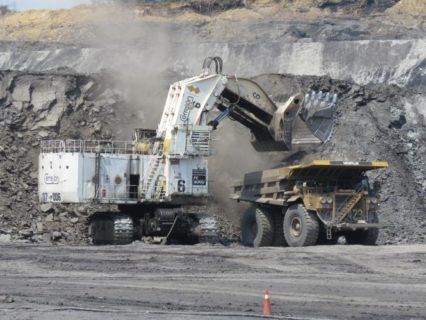 """KOMATSU Excavator PC8000-6 Electric Shovel """"Cerrejon"""" * PREORDINE MAIL * DISPONIBILE MAGGIO 2020 * LMT 90 PEZZI"""