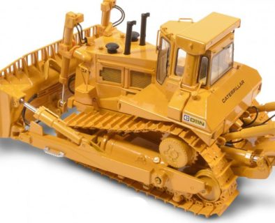 CAT Dozer D11N with U-Blade and Single-Shank-Ripper (old Logo) – CCM – CLASSIC CONSTRUNCTION – 1/48