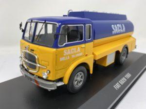IXO-MODELS – FIAT – 682N TANKER TRUCK AUTOCISTERNA SACLA FUEL 1966