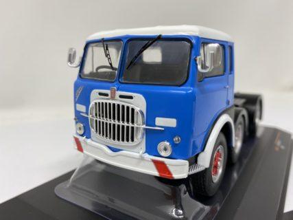 IXO-MODELS – FIAT – 690 T1 TRACTOR TRUCK 3-ASSI 1961