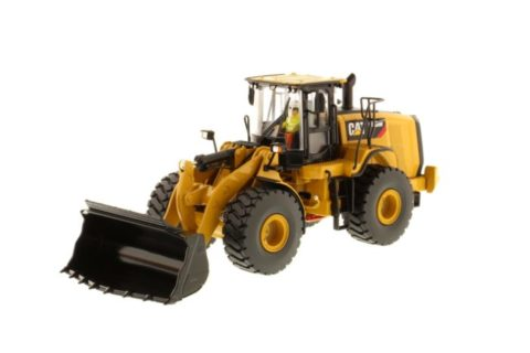 85928 Cat 966M Wheel Loader 1/50 Diecast Masters