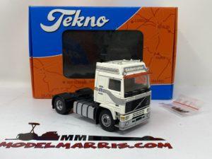Volvo F16-470 4×2 Trattore stradale 1:50 | Tekno 71129