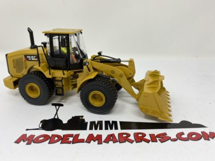 CATERPILLAR – CAT950GC RUSPA GOMMATA – SCRAPER TRACTOR WHEEL LOADER – Diecast Masters 1/50