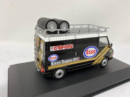IXO-MODELS – FIAT – 242 VAN FIAT TEAM ESSO SUPER OIL GRIFONE ASSISTANCE RALLY 1986 – LANCIA DELTA S4 – 1/43