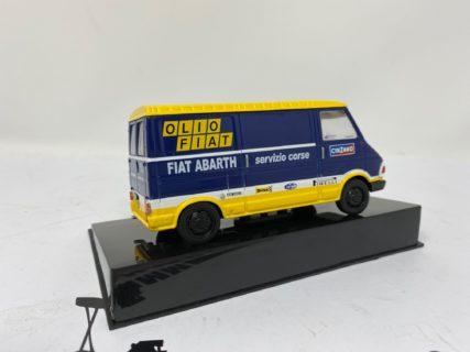 IXO-MODELS – FIAT – 242E VAN ASSISTANCE RALLY TEAM OLIO FIAT 1976 – 1/43