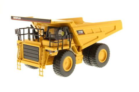 85104 Cat 777D Off Highway Truck – DIECAST MASTERS
