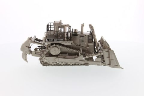 *PREORDINE* 85252 *NEW* Cat D11T Track Type Tractor, Matt Silver plated
