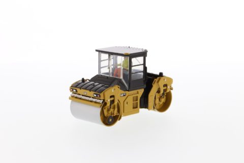 Cat CB-13 Tandem Vibratory Roller with Cab – DIECAST MASTERS – 85595