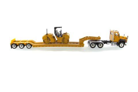 85601c Cat CT660 Truck + Trailer w/ CB-534 Compactor – DIECAST MASTERS