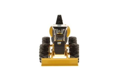 85932 Cat 555D Skidder – DIECAST MASTERS 1/50