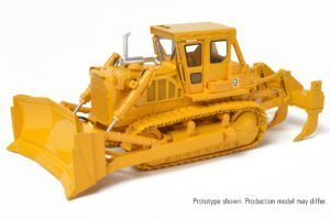1:48 Cat® D8K Dozer with U-Blade – CCM – CLASSIC CONSTRUCTION MODEL –