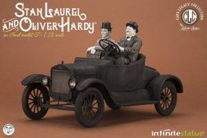***PREORDINE***  STAN LAUREL &  OLIVER HARDY – Ford Model T – 1/12 – Infinite Statue – Stanlio & Ollio – 73812
