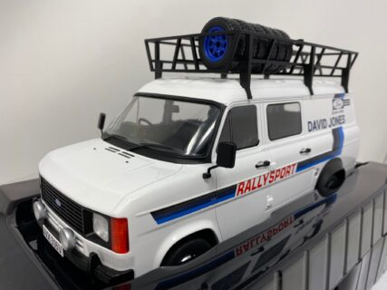 IXO-MODELS – FORD ENGLAND – TRANSIT MKII VAN TEAM DAVID JONES RALLY ASSISTANCE WITH ACCESSORIES 1979