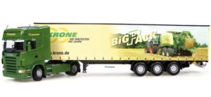 CAMION SCANIA + KRONE BIG PACK – UNIVERSAL HOBBIES – UH5602 – 1:50