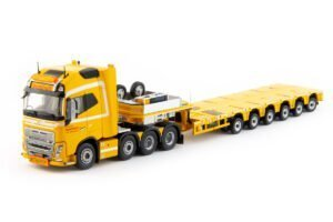 Bomholt Volvo FH04 Globetrotter XL 8×4 with Nooteboom MCO-PX 6 axle – IMC – 32-0029 – 1:50