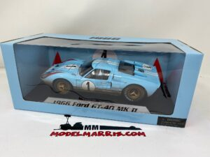 SHELBY-COLLECTIBLES – FORD USA – GT40 MKII 7.0L V8 TEAM SHELBY AMERICAN INC. N 1 DIRTY VERSION 2nd (BUT REALLY WINNER) 24h LE MANS 1966 K.MILES – D.HULME – SHELBY405BLUEBOX – 1:18