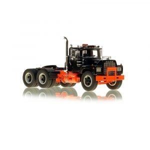 * IN ARRIVO * Mack® R Tandem Axle Tractor – Black over Orange – NZG – VFR103-5