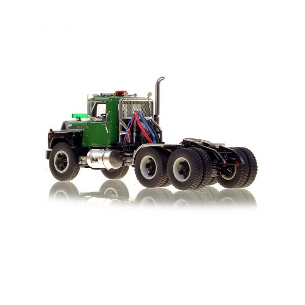 Mack® R Tandem Axle Tractor - Green over Black - NZG - VFR103-3 - 1:50