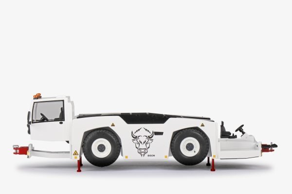 """GOLDHOFER K4 Aircraft bar tractor """"BISON"""""""