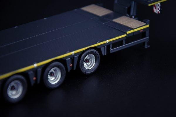 Grey Series Nooteboom MCO Semi Low Loader 8 Axle - IMC - 33-0166 - 1:50