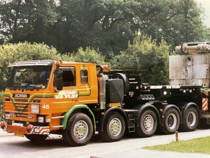 Holtrop Van der Vlist – Scania P143E 10×4/450  – IMC- 32-0079