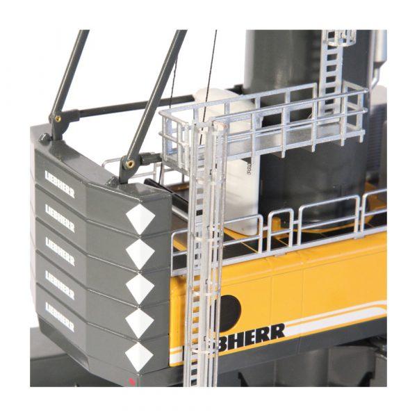 Liebherr LHM550