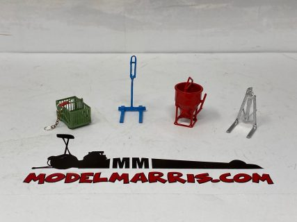 TOWER CRANE ACCESSORIES – TCA003 – 1x cestello e sottogancio – 2x forche – 1x secchione – 1/50 – Sirm scale models – METALLO MADE IN ITALY