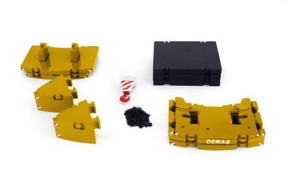 * PREORDINE - Q1-2021 * - Premium Series AC220-5/250-5 Ballast Set - IMC - 33-0146 - 1:50