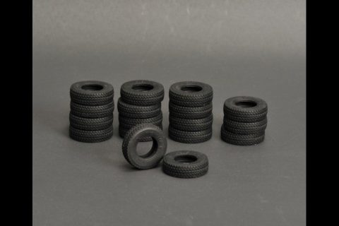 Silicone rubber Tires 17 pieces for LTM 1400 – YCC – YC560-1 – 1:50