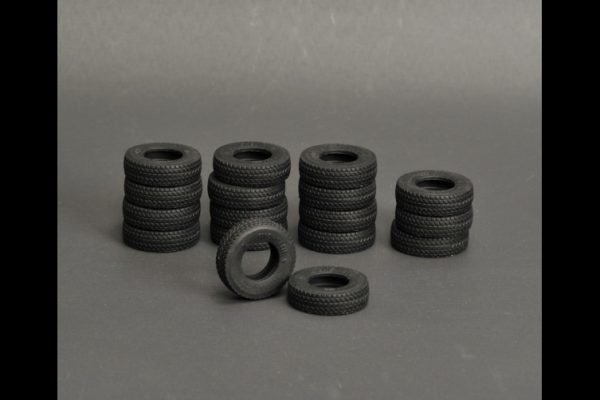 Silicone rubber Tires 17 pieces for LTM 1400 - YCC - YC560-1 - 1:50