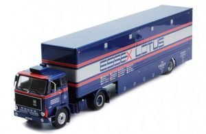 VOLVO – F88 TRUCK TEAM ESSEX LOTUS F1 CAR TRANSPORTER 1981 – IXO-MODELS – TTR021 – 1:43