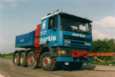 Sarens Curtis DAF95 8×4 with Ballastbox  20-1066