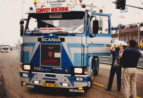 Graaf, L van der - SCANIA - TEKNO - 75406 - 1:50