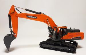 DOOSAN DX380-LC9C – Escavatore cingolato – 1:50