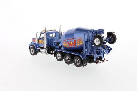 Western Star 4900 with McNeilus BridgeMaster Mixer – Metallic blue – DIECAST MASTERS – 71075 – 1:50