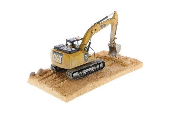 CAT 320F hydraulic excavator - DIECAST MASTERS - 85701 - 1:50